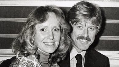 Photo of Untold Truth of Robert Redford's Ex-Wife – Lola Van Wagenen