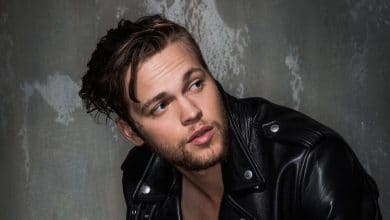 Photo of Alexander Calvert Biography – aka Jack Kline on 'Supernatural'