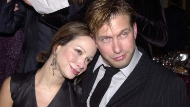 Photo of Kennya Baldwin's Wiki. How rich is Stephen Baldwin's wife?