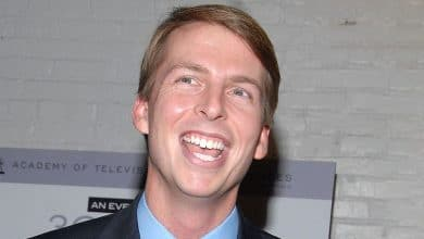 Photo of Jack McBrayer's Net Worth, Spouse. Is he married? Gay? Wiki