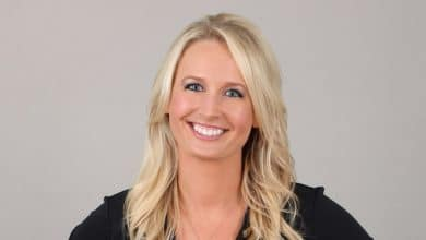 Photo of Fox Sports Sarah Kustok's Wiki – Husband, Height, Biography