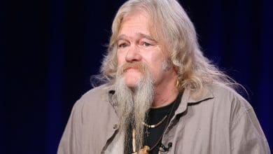 Photo of The Untold Truth Of 'Alaskan Bush People' Star – Billy Brown