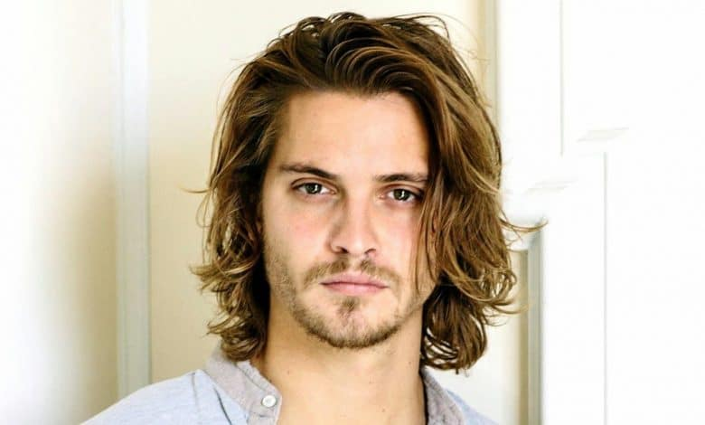 Photo of Luke Grimes' Wiki – Net Worth, Wife, Girlfriend – Biography