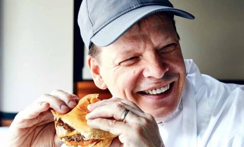 Photo of Paul Wahlberg's Net Worth, Wife, Famous Siblings, Cancer